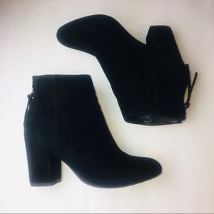Steve Madden Black Suede Cynthia Ankle Boots 6